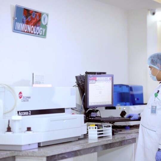 Pathology Labs in Nepal with advance lab equipment